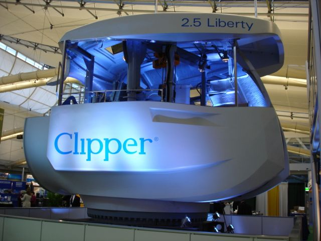 Clipper wind turbine nacelle, at AWEA06