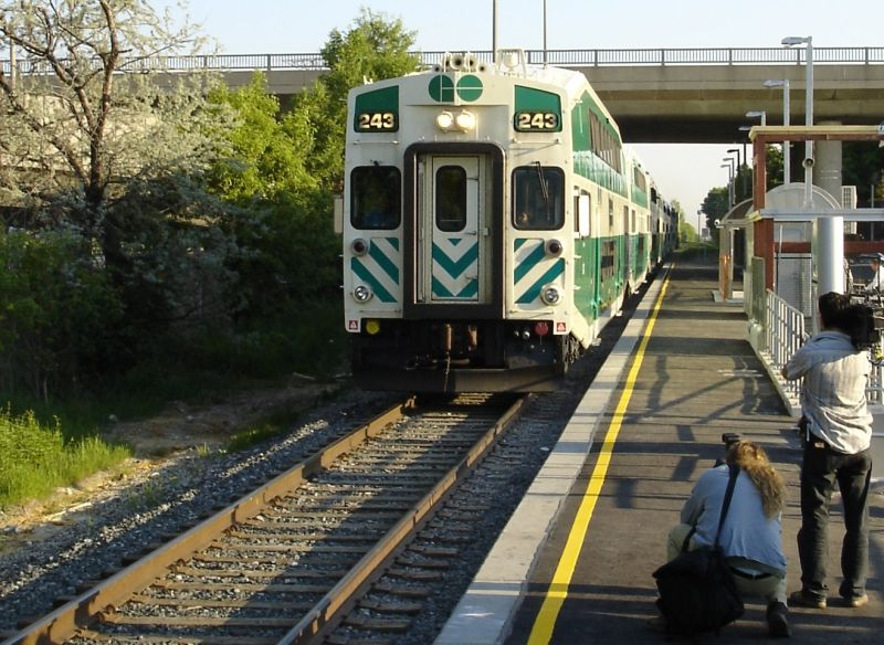 The second train ever to pull into Kennedy Go Station