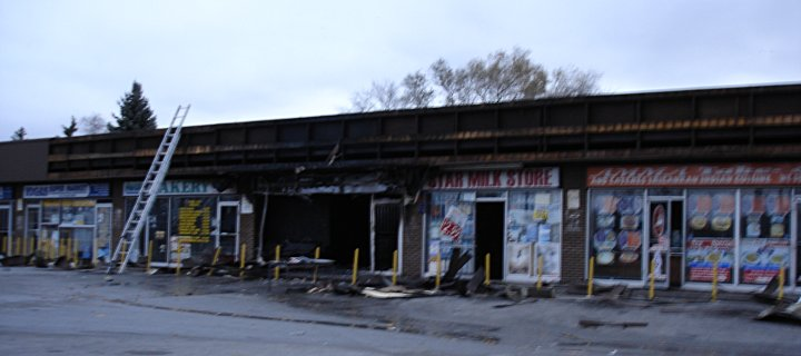 burnt-out mini mall, Kennedy & Eglinton