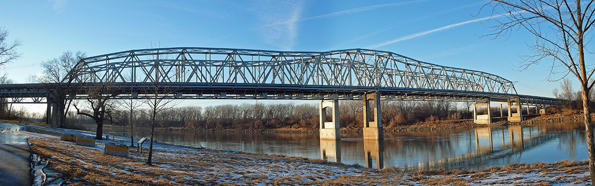 291 bridge over the Missouri, La Benite park