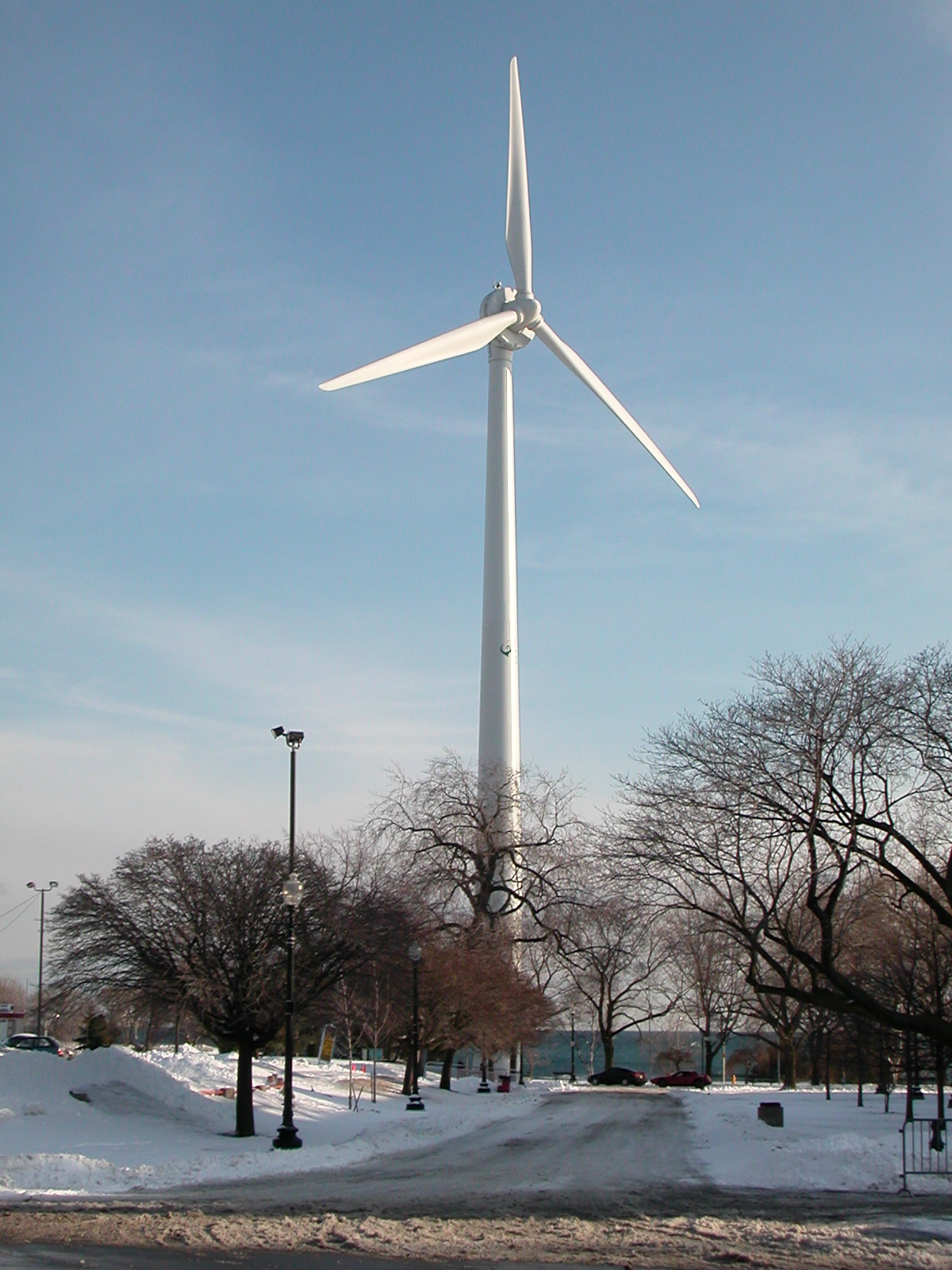WindShare / Toronto Hydro wind turbine