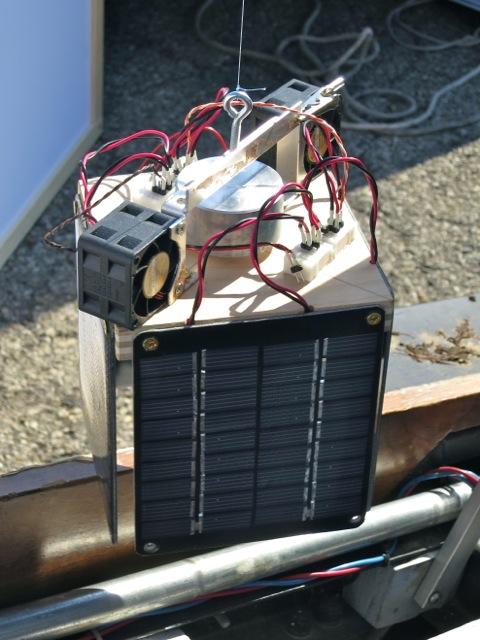 WB4APR's solar spinny thing