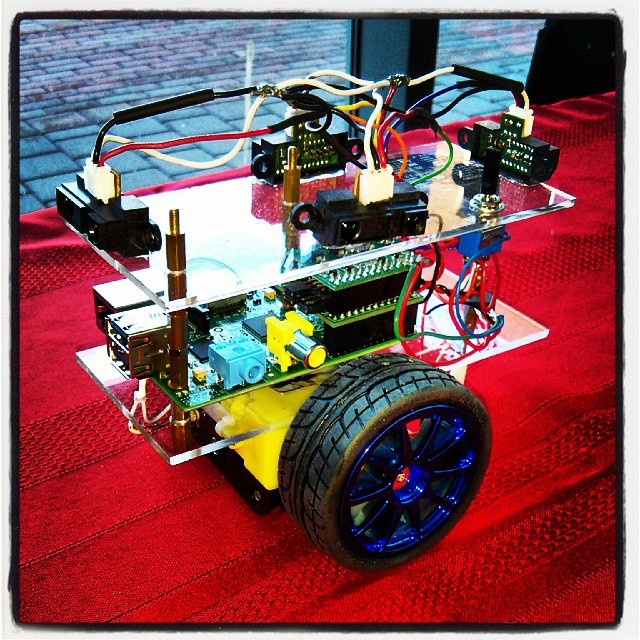 A Raspberry Pi robot #raspberrypi