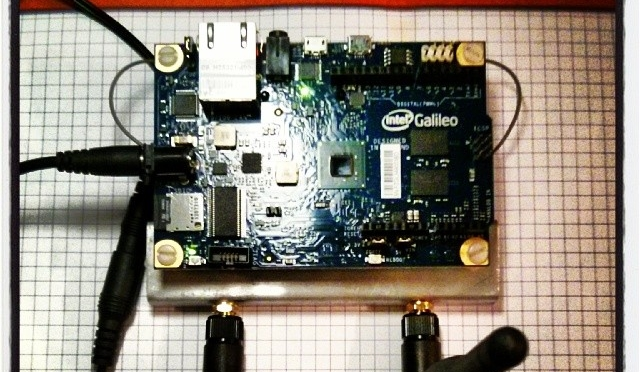An Intel Galileo running without wires
