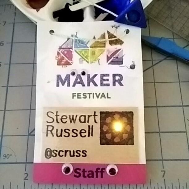 Volunteering at the Maker Festival this morning #soldering #magicsmoke #makerfestivalto #cantgetthestaffthesedays