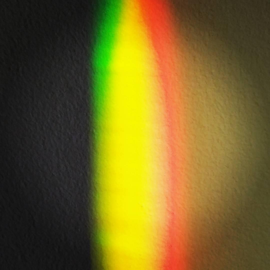 Fish tank rainbow
