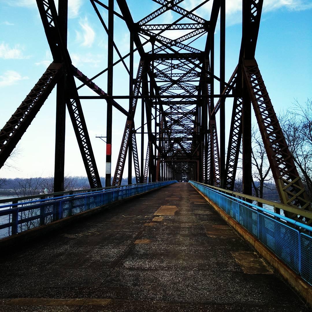 Bridge (large)