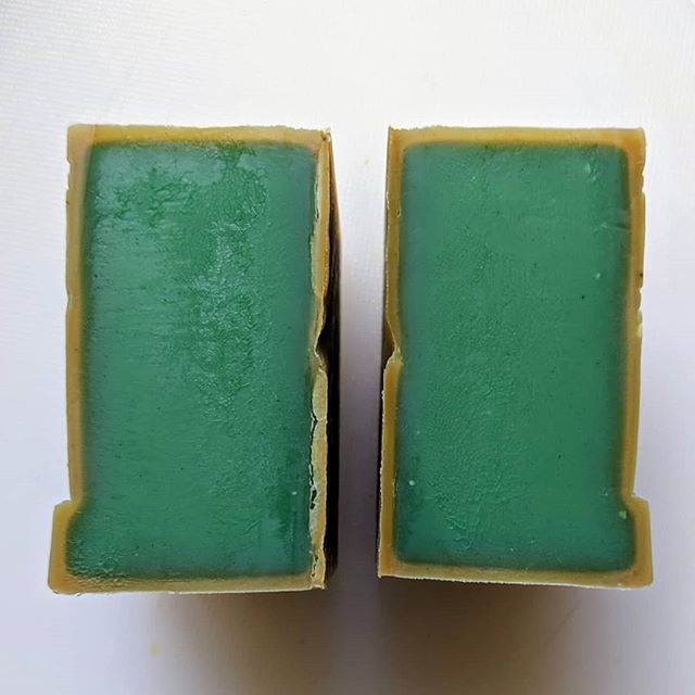 The green inside Aleppo soap