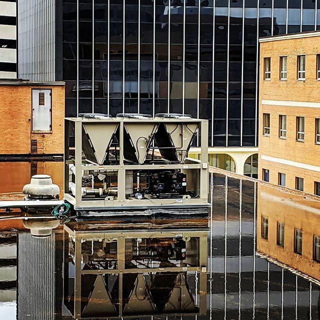 rooftop reflecting pool