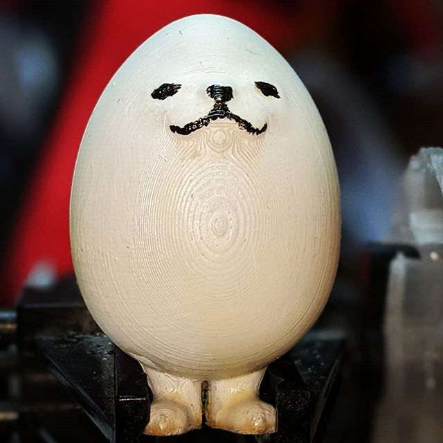 it is eggdog 🥚+ 🐕 eggdog